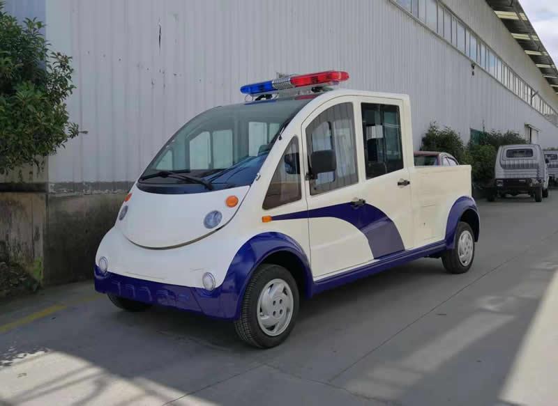 4-5座封闭式电动巡逻车